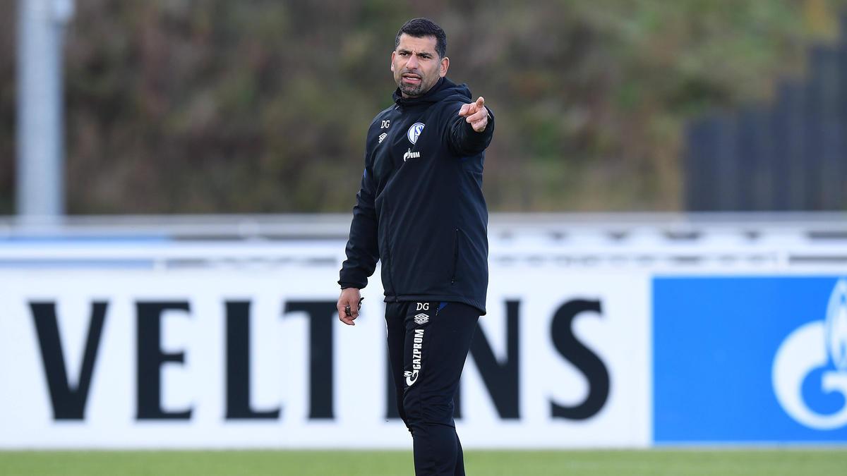 Dimitrios Grammozis will mit dem FC Schalke 04 aufsteigen