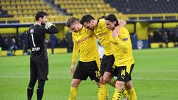 Mats Hummels musste von seinen BVB-Kollegen gestützt werden