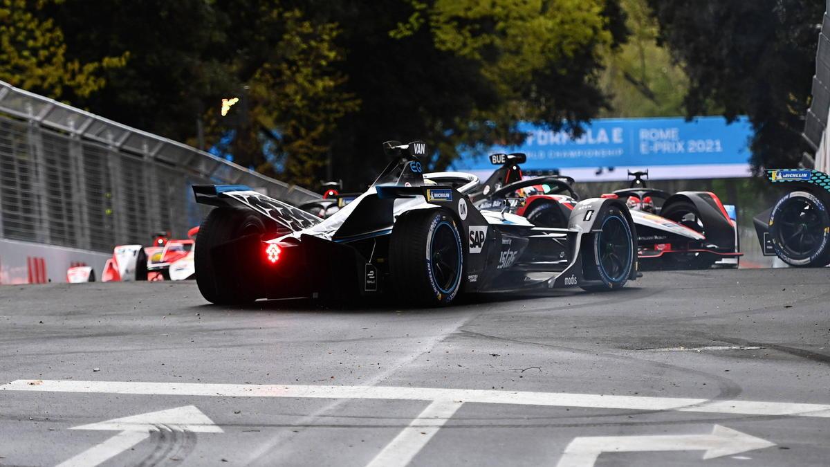 Spektakuläre Formel-E-Action in Rom