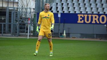 Freiburgs Torhüter Mark Flekken kehrt nach langer Verletzungspause zurück