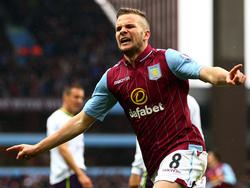 Tom Cleverley con la camiseta del Aston Villa esta temporada. (Foto: Getty)