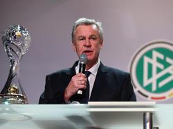 Ottmar Hitzfeld übt Kritik an José Mourinho