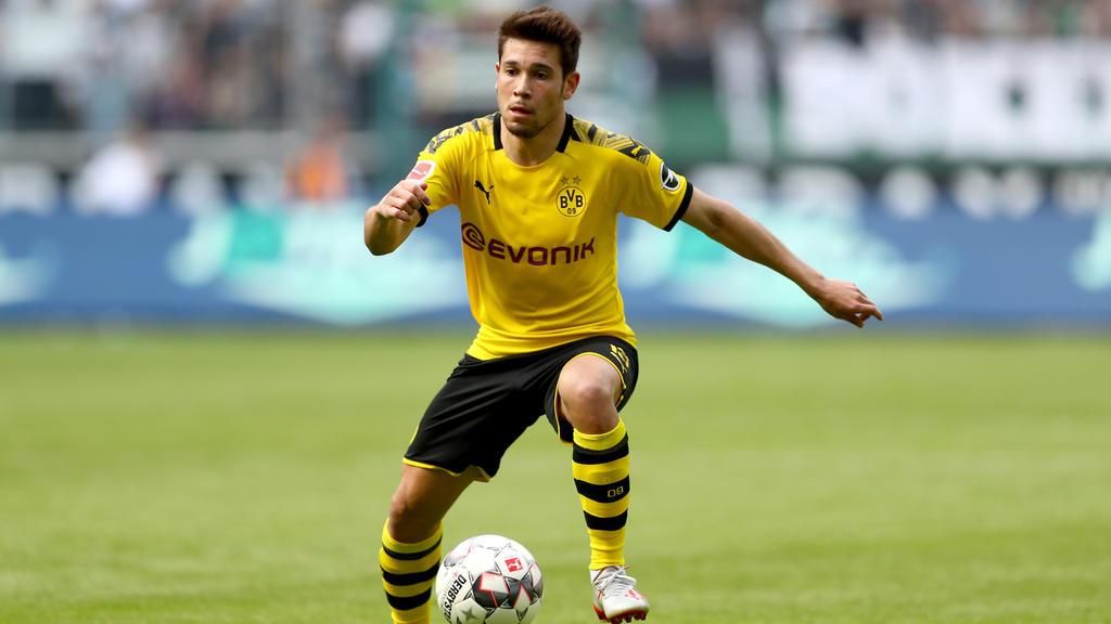 Raphael Guerreiro wird erneut mit einem Abschied vom BVB in Verbindung gebracht