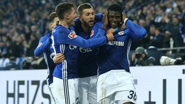 Breel Embolo (r.) könnte den FC Schalke nach drei Jahren verlassen