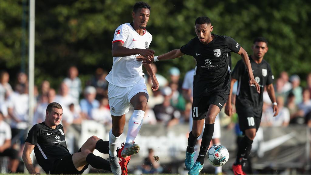 Sébastien Haller steht bei Eintracht Frankfurt noch bis 2021 unter Vertrag