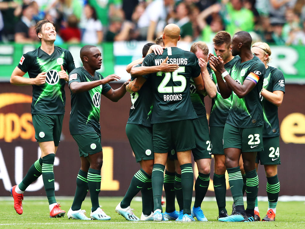 Wolfsburger Jubel zum Auftakt gegen Köln