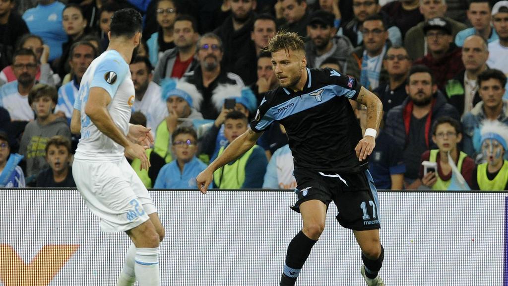 Ciro Immobile (r.) gewann mit Lazio in Marseille
