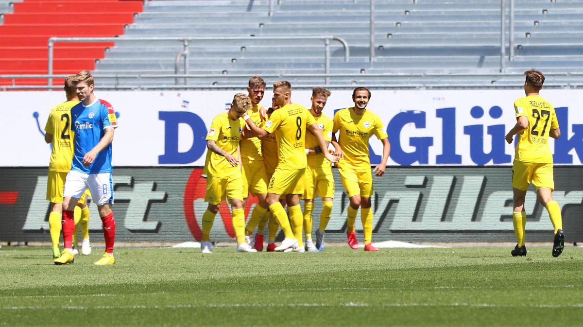Arminia Bielefeld hat nach dem Sieg zehn Punkte Vorsprung auf den HSV