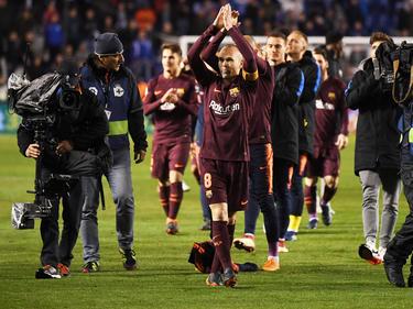 El Barcelona celebra el título de liga en el estadio de Riazor. (Foto: Getty)