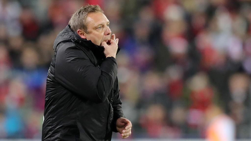 Steckt mit Hannover 96 tief im Abstiegskampf: André Breitenreiter