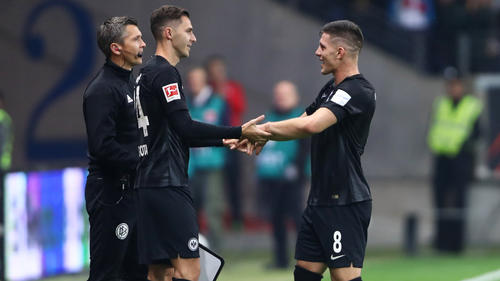 Branimir Hrgota (l.) wird Eintracht Frankfurt wohl verlassen