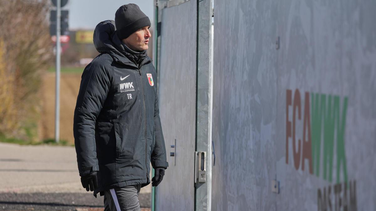 Heiko Herrlich reist mit seinen Augsburgern zum FC Schalke