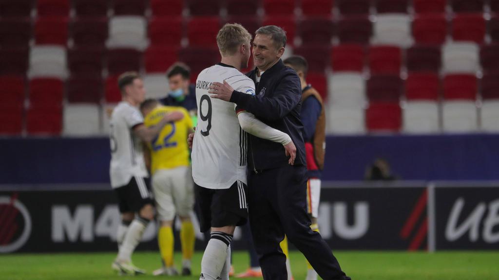 Stefan Kuntz (r.) steht mit der U21 des DFB im Halbfinale der EM
