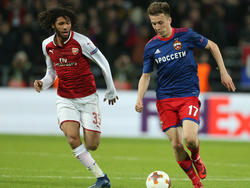 Mohamed Elneny (l.) und der FC Arsenal haben sich nicht mit Ruhm bekleckert