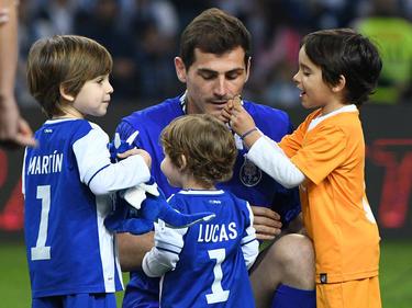 Casillas y su familia seguirán un año más en Portugal. (Foto: Getty)