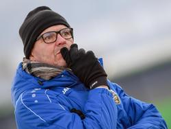 Martin Scherb beobachtet seine Altacher Spieler im Trainingslager genau