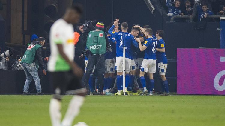 Jubel beim FC Schalke, Verdruss bei den Gladbachern