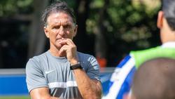 Trainer Bruno Labbadia von Hertha BSC dämpft die Erwartungen