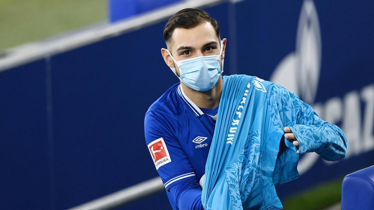 Wohin zieht es Ahmed Kutucu vom FC Schalke 04?