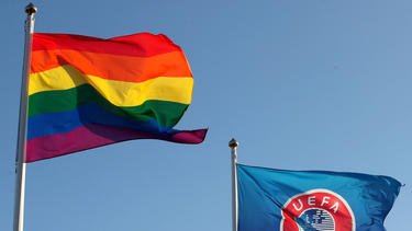Die UEFA hat die Regenbogen-Beleuchtung der Münchner EM-Arena verboten