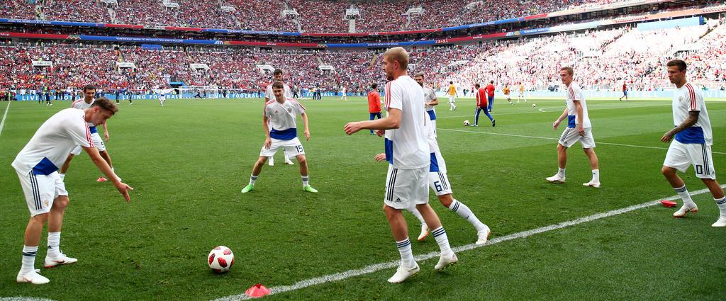 Die russischen Nationalspieler machen sich warm