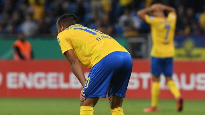 Eintracht Braunschweig droht in die Regionalliga durchgereicht zu werden