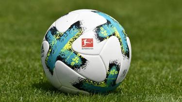 Die Spiele der Fußball-Bundesliga werden wohl doch im Pay-TV gezeigt