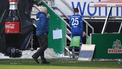 Christian Gross und Amine Harit haben beim FC Schalke 04 gesprächsbedarf