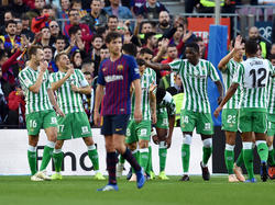 Los jugadores el Betis celebran el gol de Joaquín. (Foto: Getty)