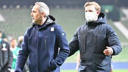 Adi Hütter (l.) und Florian Kohfeldt waren nach Schlusspfiff überhaupt nicht einer Meinung