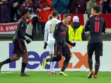 Nacho Monreal abrió el marcador para el Arsenal en Suecia. (Foto: Imago)
