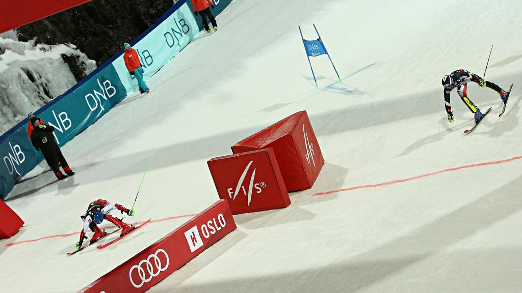Marco Schwarz (l.) triumphiert am Holmenkollen