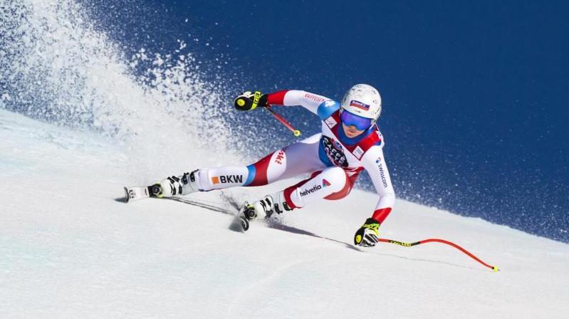 Corinne Suter aus der Schweiz sicherte sich den Disziplin-Weltcup in der Abfahrt