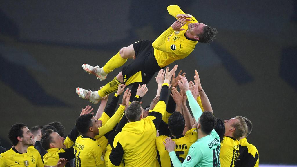 Lukasz Piszczek wurde von seinen BVB-Teamkameraden hochgelebt