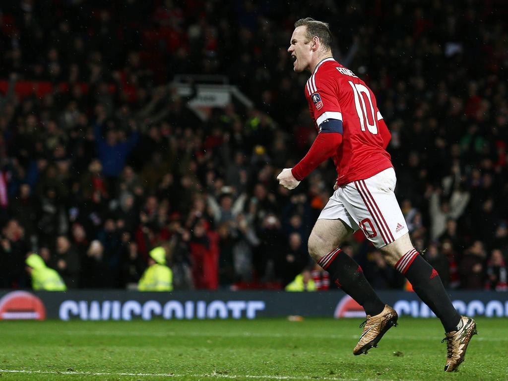 Mit einem Last-Minute-Tor schoss Wayne Rooney die Red Devils weiter