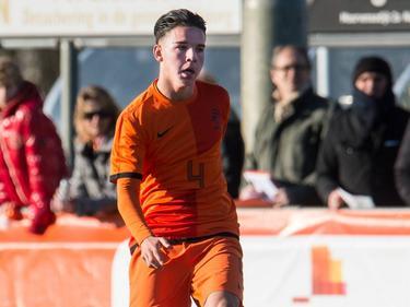 Feyenoorder Calvin Verdonk was tijdens Engeland onder 17 - Nederland onder 17 verantwoordelijk voor de 0-1.