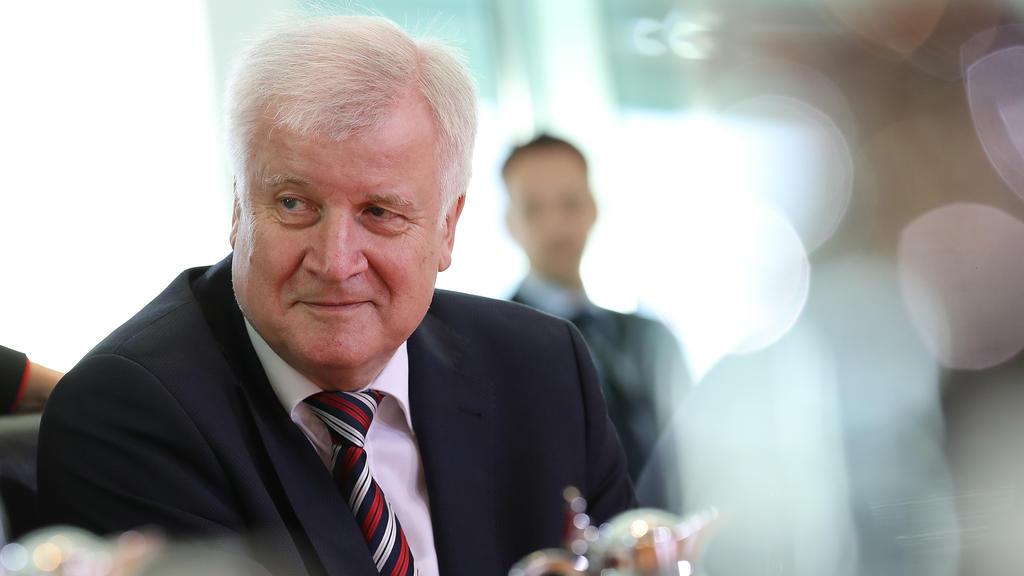 Horst Seehofer spricht sich für Olympiabewerbung aus