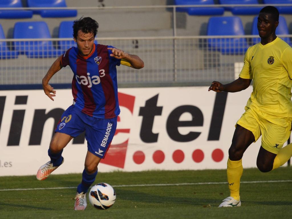 Juanjo Camacho con el Huesca en el 2012. (Foto: Imago)