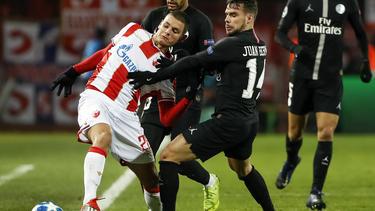 Dejan Joveljic (l.) steht aktuell noch bei Roter Stern Belgrad unter Vertrag