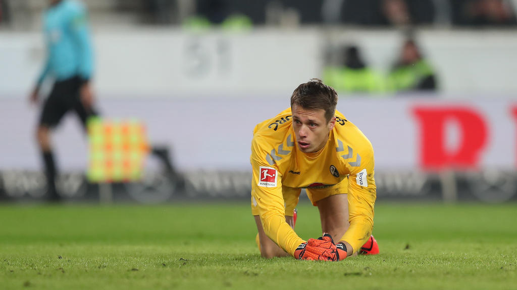 Alexander Schwolow wird auch gegen Wolfsburg nicht im Freiburger Tor stehen