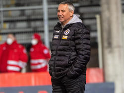 Peter Pacult bleibt trotz des Sieges mit seinem Team hinter den Innsbruckern