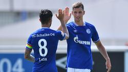 Marvin Pieringer (r.) ist neu beim FC Schalke 04