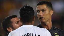 Cristiano Ronaldo (r.) kassierte gegen Valencia die Rote Karte
