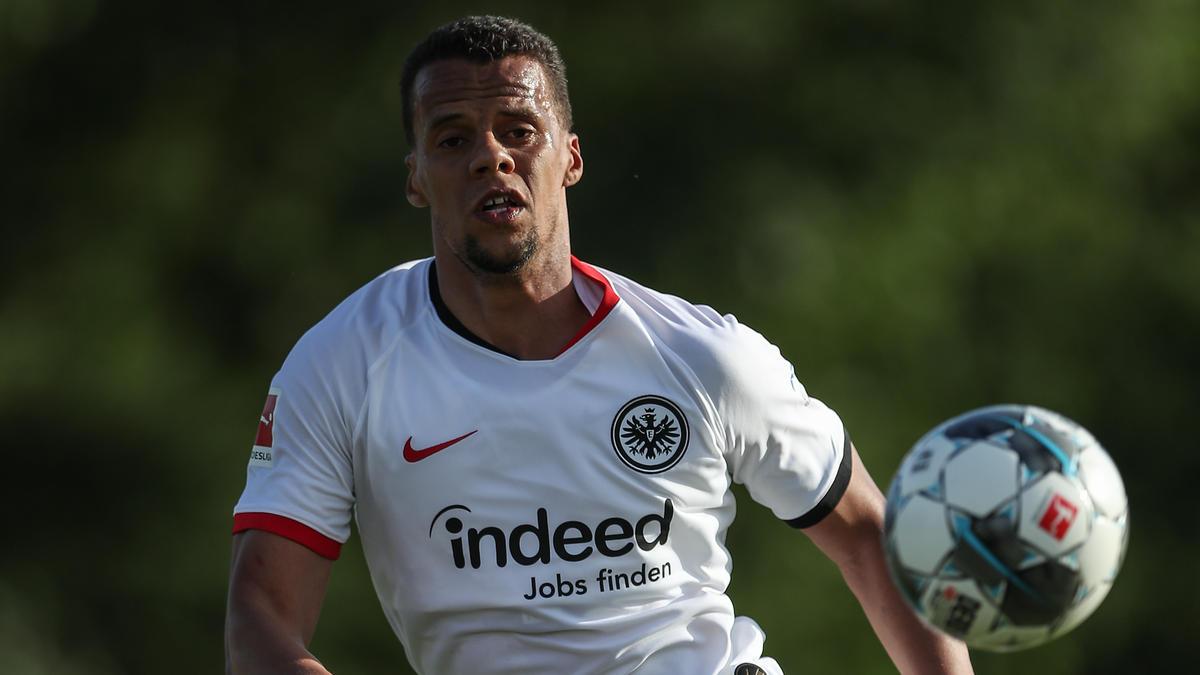 Timothy Chandler hat bei Eintracht Frankfurt verlängert