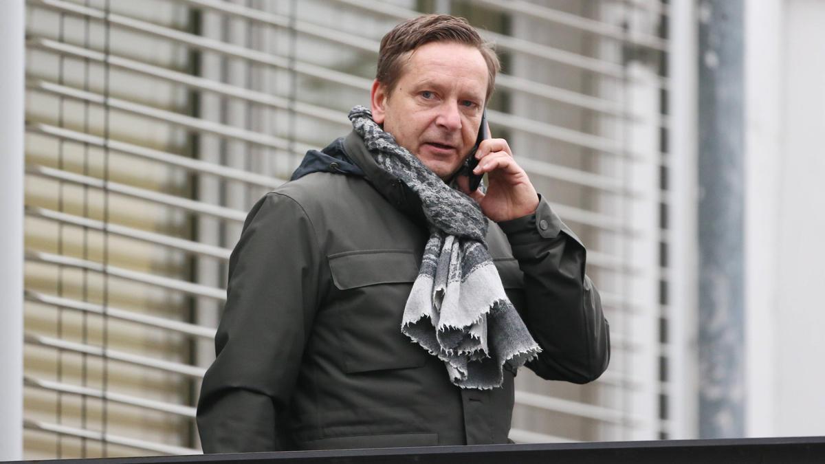 Horst Heldt nimmt Markus Gisdol in den Schutz