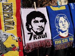 Raúl y Messi se encuentran entre los diez mejores de la historia de LaLiga. (Foto: Getty)
