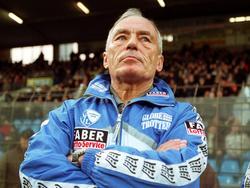Rolf Schafstall stieg 2001 mit dem VfL Bochum ab