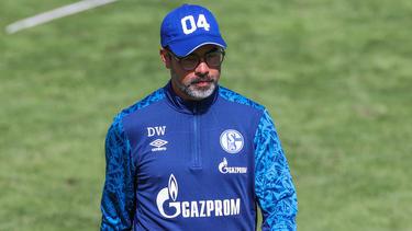 Schalke-Coach David Wagner gehen die Spieler aus