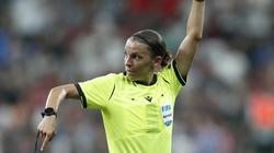 Leitet mit der Begegnung Juventus Turin gegen Dynamo Kiew als erste Frau ein Champions-League-Spiel der Männer: Stéphanie Frappart