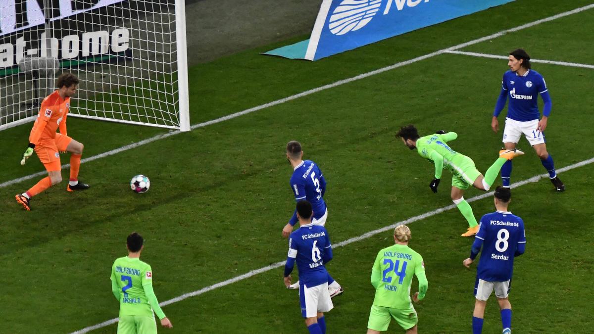 Der FC Schalke 04 musste sich auch gegen den VfL Wolfsburg geschlagen geben